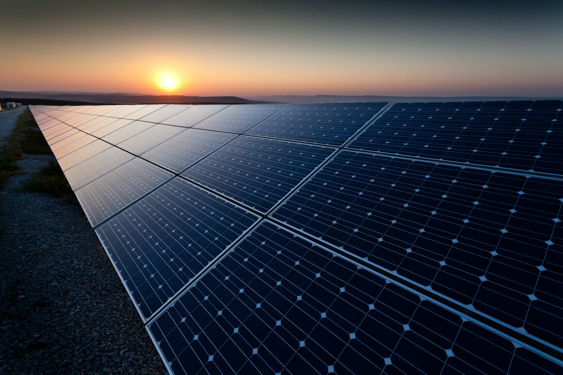 Energy companies, sell side advisory